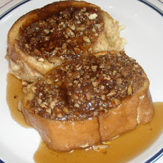 French Toast With Praline Topping