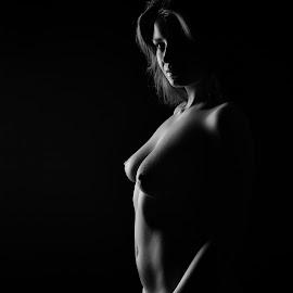 Magda by John Einar Sandvand - Nudes & Boudoir Artistic Nude