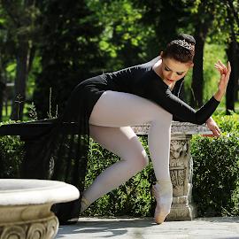 Ballerina by Ramona Ilie - People Fashion ( fashion, ballerina, ballet, dance, commercial photography )
