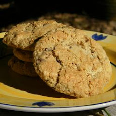 Granola-Raisin Cookies