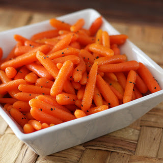 Simple Honey Glazed Baby Carrots