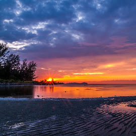 Dry Dry Dry by Eric Tai - Landscapes Sunsets & Sunrises ( clouds, sunset, sea, long exposure, beach, landscape )