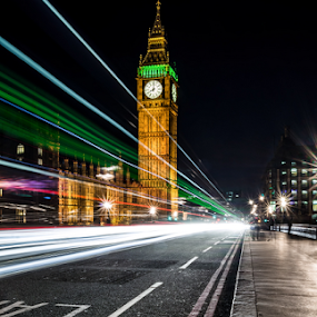 Light of London !!! by Emanuel Fernandes - City,  Street & Park  Street Scenes ( england, london, portugal, light )