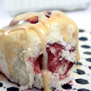 PEANUT BUTTER & JELLY ROLLS