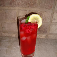 Herbal Brainstorm Rosemary-Raspberry Lemonade