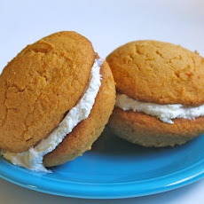 Gluten-Free Tuesday: Pumpkin Whoopie Pies