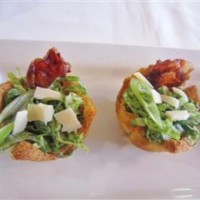 Caesar Salad in Crouton Cups
