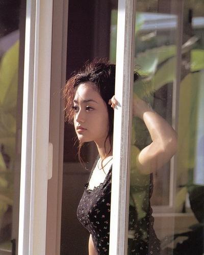 Yumi Adachi sexy gallery
