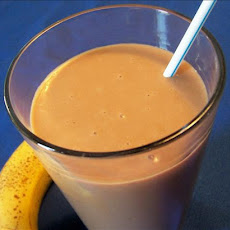 Chocolate Banana Smoothie With a Hint of Peanut