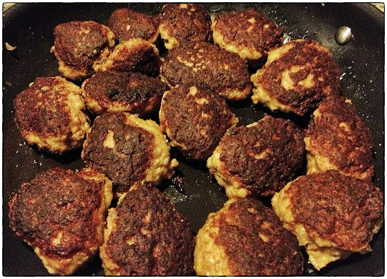Frikadeller (Danish meatballs) - Recipe - Pabular