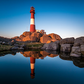 Lighthouse reflection by Richard Larssen - Buildings & Architecture Public & Historical ( richard larssen, larssen, richard, norge, norway,  )