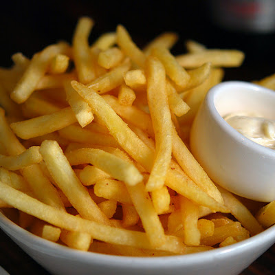 Perfect Pub Fries with Smokey Spicy Aioli