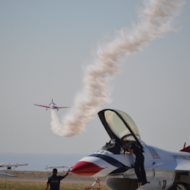 Gunfighter Skies 2014 by Cindy Taverne - News & Events Entertainment ( plane, usaf, stunt, us military, thunderbirds,  )