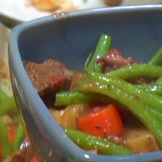 Red Wine Beef Stew with Potatoes and Green Beans