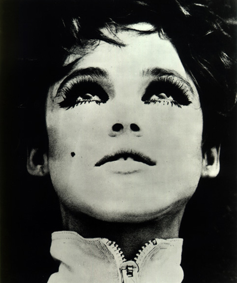 http://lh4.ggpht.com/stereoblog/Ruqy6Tg8muI/AAAAAAAAFWY/QT8WUPo_Oro/s800/edie-sedgwick-9.jpg