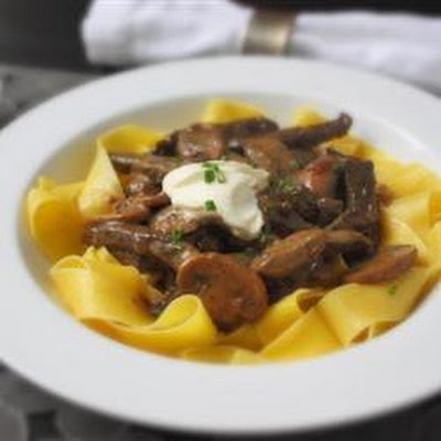 How to Make Classic Beef Stroganoff