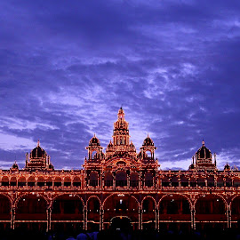 Mysore Palace in Night. . . . by Shishir Kumar - Buildings & Architecture Statues & Monuments ( monuments, mysore, india, night, palace )