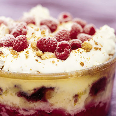 Baked raspberry & bramble trifle with Drambuie
