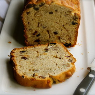 Banana Bread With Pecans And Raisins