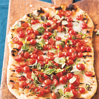 Grilled Pizza with Cherry Tomatoes & Gorgonzola