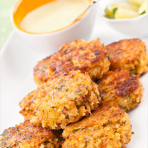 Baked Lump Crab Cakes With Red Pepper Chipotle Lime Sauce Recipes ...