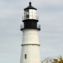 Lighthouse in Maine by Michael Lopes - Buildings & Architecture Statues & Monuments ( seashore, lighthouse, portland head light )