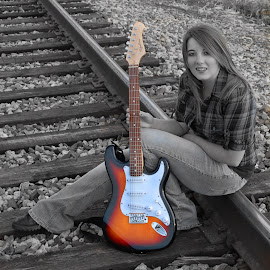 The Guitar by Philip Molyneux - People Portraits of Women (  )