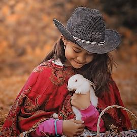 by Ayahnya Cakrabuwana - Babies & Children Child Portraits