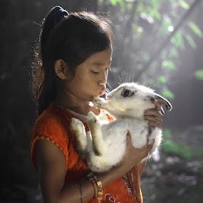 kelinci ku by Ramadhan Bagaskara Arya Parmuka - Babies & Children Children Candids