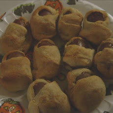 Mummy Dogs or is That Mommy Babies??? - Halloween - Baby Shower
