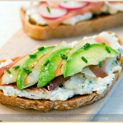 Honey and Prosciutto Tartine, Fennel and Zucchini Salad