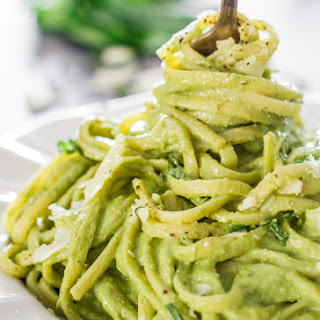 Creamy Avocado and Spinach Pasta