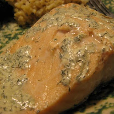 Easy Low-Fat Creamy Dill Salmon