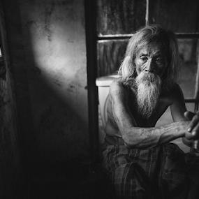 Old Day by Steven Chu - People Street & Candids ( steven chu photoworks )