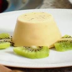 Pistachio And Cardamom Kulfi With Kiwi Coulis