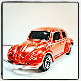 Oranye Beetle by Norbertus Andreanto Photos - Instagram & Mobile Instagram ( diecast, beetle, toycollection, toys, miniatur, collections )