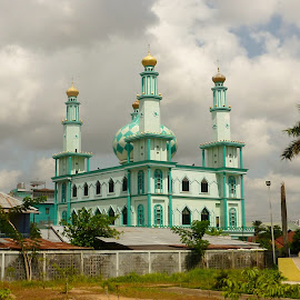 Indonesian Mosque by Daniel Blechynden - Buildings & Architecture Places of Worship ( amazing, muslim, building, mosque, castle, city )