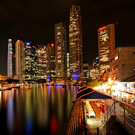 Singapore by night by Dung Tran - Landscapes Travel
