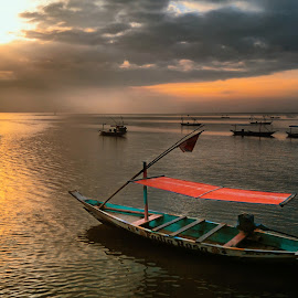 sampan by Ahmad Sahroni - Instagram & Mobile Other
