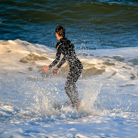 by Jan Herren - Sports & Fitness Surfing