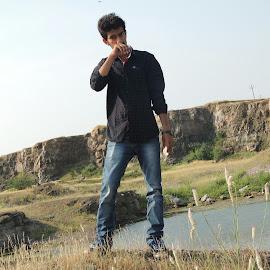 Godfather by Parthrajsinh  Jadeja - Nature Up Close Rock & Stone