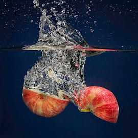 Apple Split by Troy Wheatley - Food & Drink Fruits & Vegetables ( water, red, splash, apple, split )
