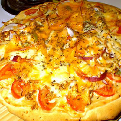 Creamy Chicken Deep-Dish Pizza