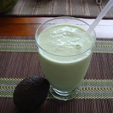 Creamy Coconut Avocado Smoothie