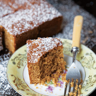 English Gingerbread Cake