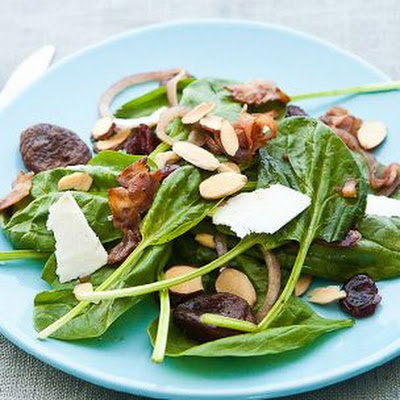 Wilted Spinach Salad with Pancetta Lardons and Warm Vinaigrette