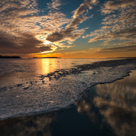 Yellow gold by Roland Bast - Landscapes Sunsets & Sunrises ( water, winter, canada, sunset )