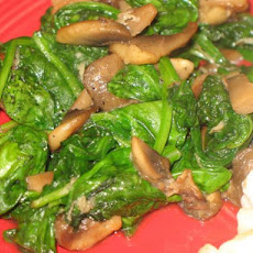 Sauteed Spinach, Garlic, and Mushrooms