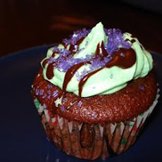 Mint Buttercream Frosting With Dark Chocolate Glaze