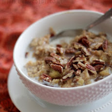 Overnight Apple-Cinnamon Oatmeal